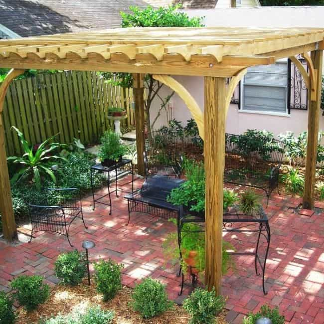 31 Incredible Small Garden Design Ideas on a Budget ... on Patio Decor Ideas Cheap id=84032