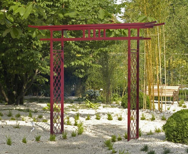 21 innovative and easy diy garden trellis ideas gardenoid for Japanese garden structures wood
