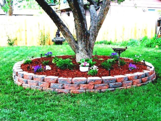 How to Build a Brick Garden Bed