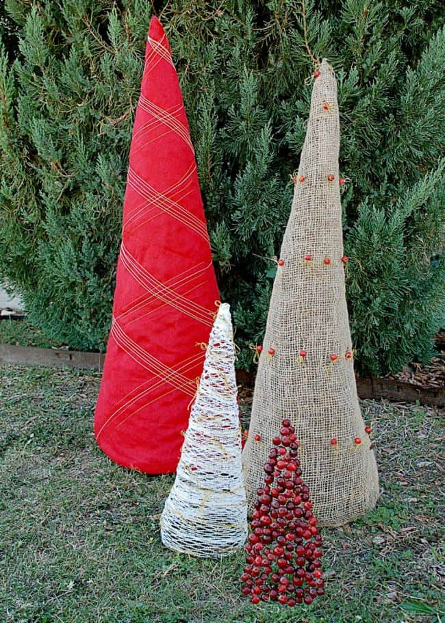 Build Outdoor Christmas Decorations